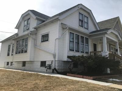 Milwaukee Single Family Home For Sale: 1419 W Oklahoma Ave
