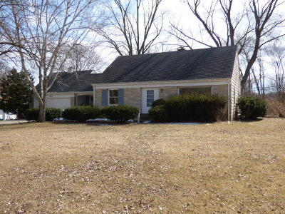 Brookfield Single Family Home For Sale: 14625 Marcella Ln