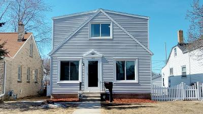 Milwaukee Single Family Home For Sale: 4011 S 1st Pl
