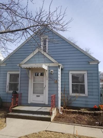 West Allis Single Family Home For Sale: 1424 S 88th Street
