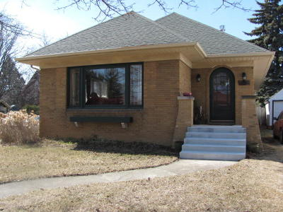 Racine County Single Family Home For Sale: 2800 Lasalle St