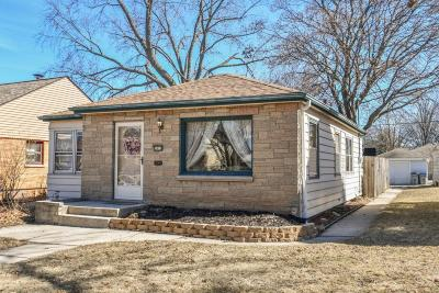 Milwaukee Single Family Home For Sale: 3612 N 84th St