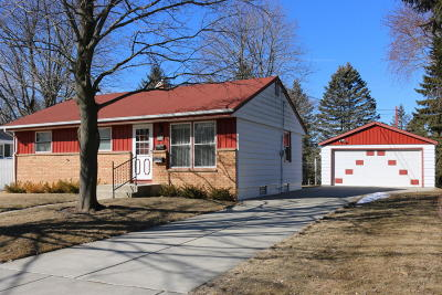Cedarburg Single Family Home Active Contingent With Offer: W60n771 Jefferson Ave