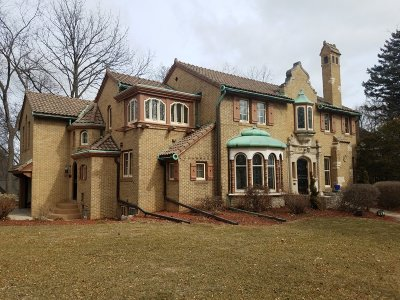 Milwaukee County Single Family Home For Sale: 6614 Hillcrest Dr