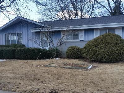 Ozaukee County Single Family Home Active Contingent With Offer: 1661 1st Ave