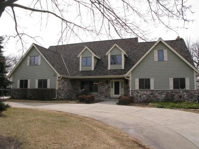 Brookfield Single Family Home For Sale: 4625 Hastings Dr