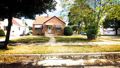 Milwaukee Single Family Home For Sale: 3454 S 3rd St