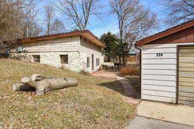 Delafield Single Family Home Active Contingent With Offer: 224 Muir Valley Rd
