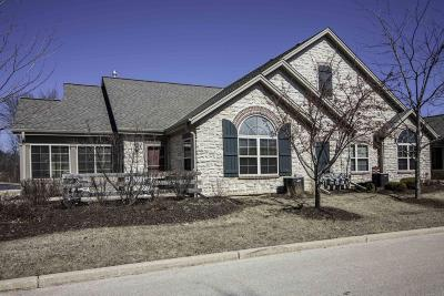 Menomonee Falls Condo/Townhouse Active Contingent With Offer: N70w15470 Amberleigh Cir