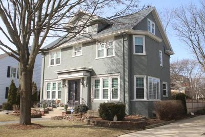 Milwaukee Single Family Home Active Contingent With Offer: 3357 N Summit Ave