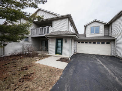 Delafield Condo/Townhouse Active Contingent With Offer: 2244 Circle Rdg #A