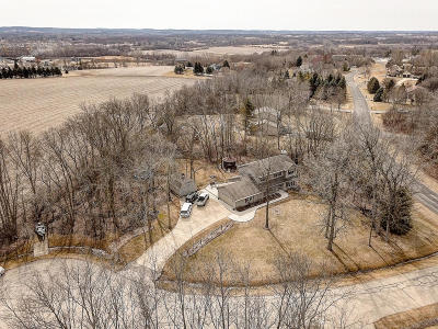 Waukesha Single Family Home Active Contingent With Offer: S43w27533 Country Ln