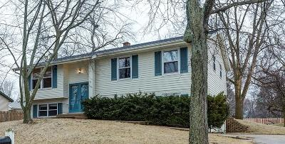 Ozaukee County Single Family Home Active Contingent With Offer: 1639 Cedar St