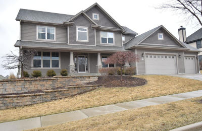 Cedarburg Single Family Home Active Contingent With Offer: W77n735 Harvest Ln