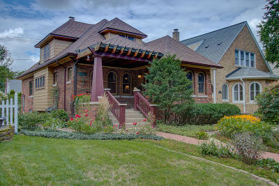 Whitefish Bay Single Family Home For Sale: 4957 N Newhall St