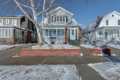 Racine Single Family Home Active Contingent With Offer: 1832 Michigan Blvd