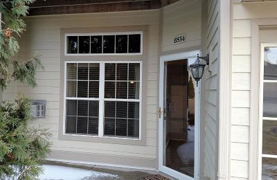 Oak Creek Condo/Townhouse For Sale: 8534 S Stratford Rd