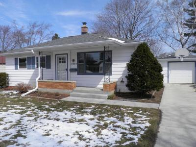 Grafton Single Family Home Active Contingent With Offer: 1028 6th Ave