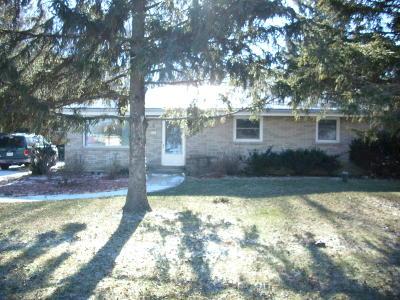 Oak Creek Single Family Home For Sale: 2341 W Rawson