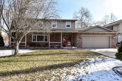 Mequon Single Family Home For Sale: 3628 W Brittany Ct