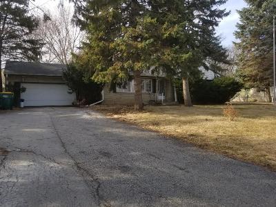 Oak Creek Single Family Home For Sale: 2231 W Rawson