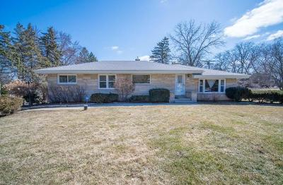 Brookfield Single Family Home For Sale: 3150 Sunny View Ln