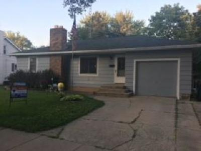 Jefferson County Single Family Home Active Contingent With Offer: 304 Shirley