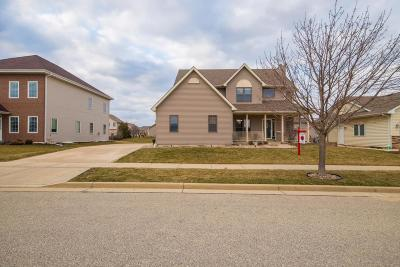 Kenosha Single Family Home Active Contingent With Offer: 15414 68th St