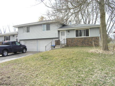 Jefferson County Two Family Home For Sale: 104 Renner Ln