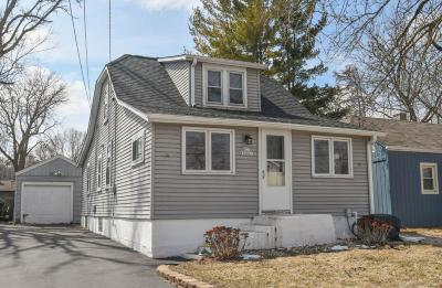 Pewaukee Single Family Home Active Contingent With Offer: N27w26861 Woodland Dr