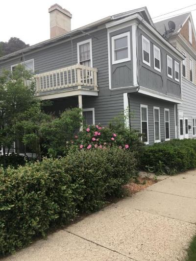 Milwaukee Condo/Townhouse For Sale: 2504 S Delaware Ave #101