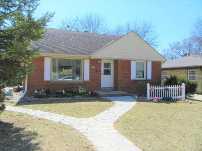 South Milwaukee Single Family Home For Sale: 1421 Marion Ave