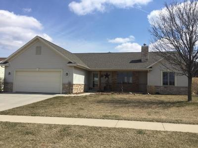 Johnson Creek Single Family Home Active Contingent With Offer: 229 Gosdeck Ln