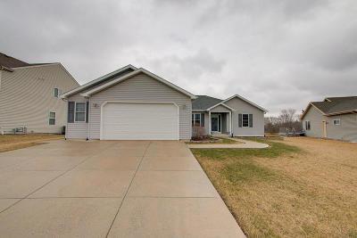Kenosha Single Family Home Active Contingent With Offer: 6541 92nd Ave