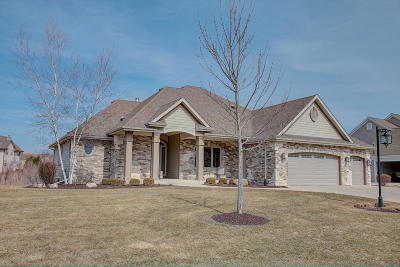 Menomonee Falls Single Family Home Active Contingent With Offer: W151n7280 Paseo Ln