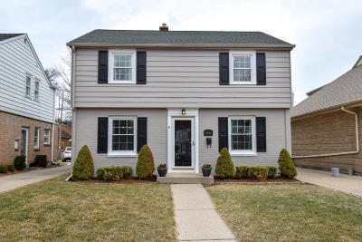 Whitefish Bay Single Family Home Active Contingent With Offer: 5536 N Kent Ave