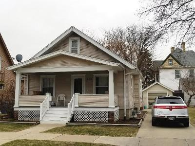 Jefferson County Single Family Home Active Contingent With Offer: 606 S Seventh St