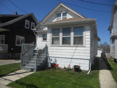 South Milwaukee Two Family Home For Sale: 910 Manitoba Ave
