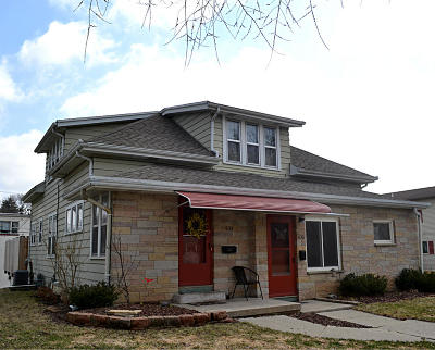 Washington County Two Family Home Active Contingent With Offer: 433 S 5th Av #435