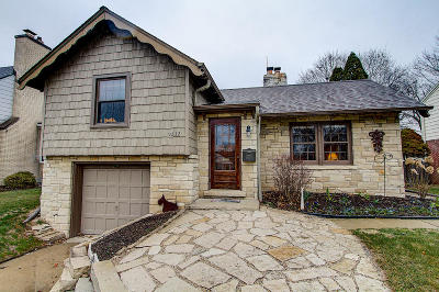 Wauwatosa Single Family Home For Sale: 9232 Jackson Park Blvd