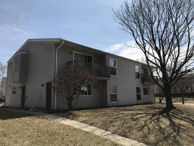 Waukesha Multi Family Home For Sale: 1898 Haymarket Rd