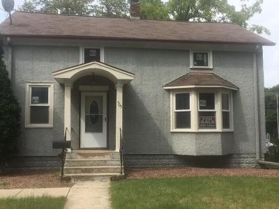 Single Family Home For Sale: 505 Main St