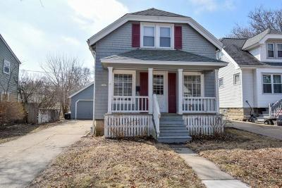 Wauwatosa Single Family Home For Sale: 7507 Hennessey Ave