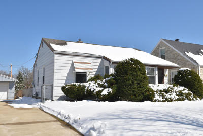 Milwaukee County Single Family Home For Sale: 2626 S 69th St