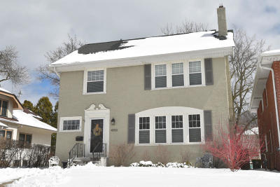 Milwaukee County Single Family Home Active Contingent With Offer: 4050 N Prospect Ave