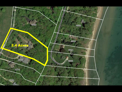 Port Washington Single Family Home Active Contingent With Offer: 4798 Upper Forest Beach Rd