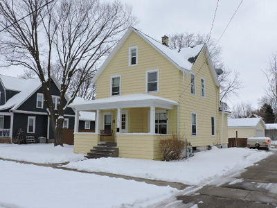 Jefferson County Single Family Home Active Contingent With Offer: 805 W Sherman Ave