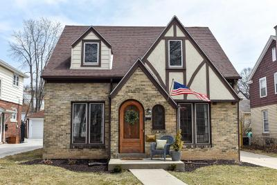 Milwaukee County Single Family Home For Sale: 2938 N 70th St