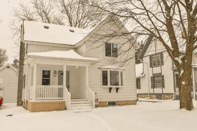 Waukesha County Single Family Home Active Contingent With Offer: 706 Linden St