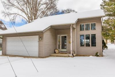 Jefferson County Single Family Home For Sale: 300 Northwest St
